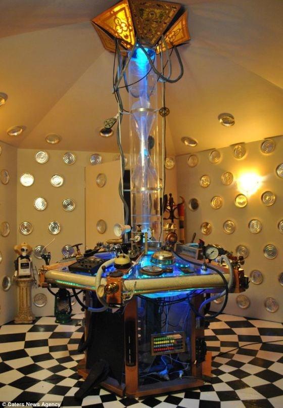 TARDIS bedroom