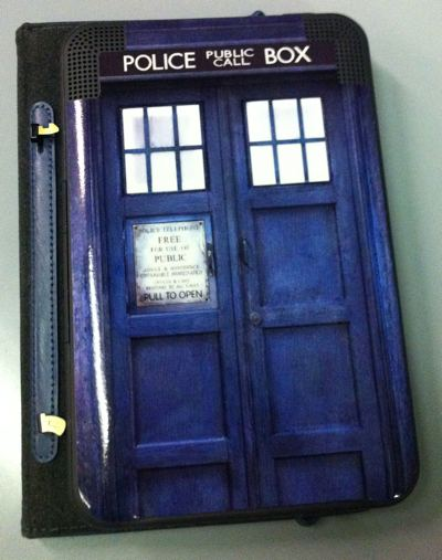 TARDIS Kindle skin