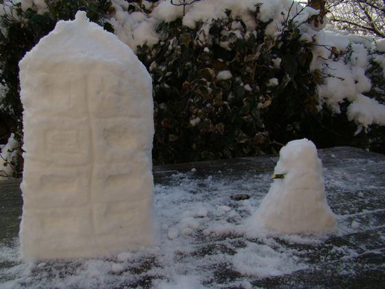 snow TARDIS