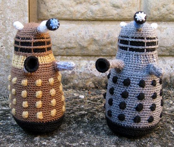 crochet Daleks