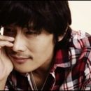 female gazing at: Lee Byung-hun