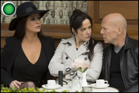 Red 2 green light Catherine Zeta-Jones Mary-Louise Parker Bruce Willis