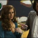 American Hustle review: the humor, it burns