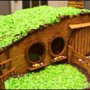 geeky Christmas: gingerbread hobbit hole