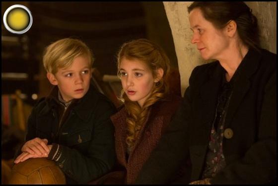 The Book Thief yellow light Nico Liersch Sophie Nélisse Emily Watson