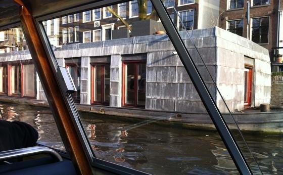 concretehouseboat