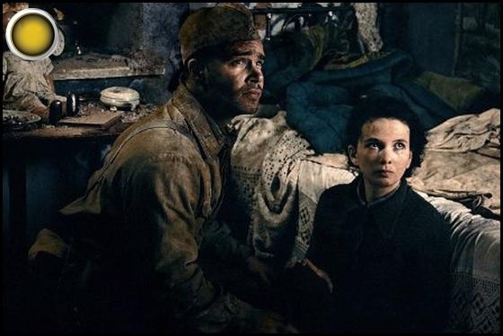 Stalingrad yellow light Pyotr Fyodorov Mariya Smolnikova