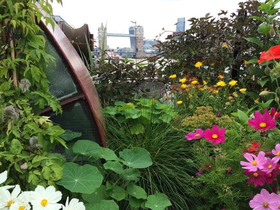 gardenbarge1