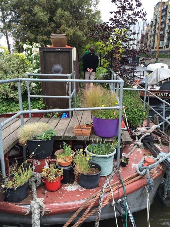 gardenbarge3
