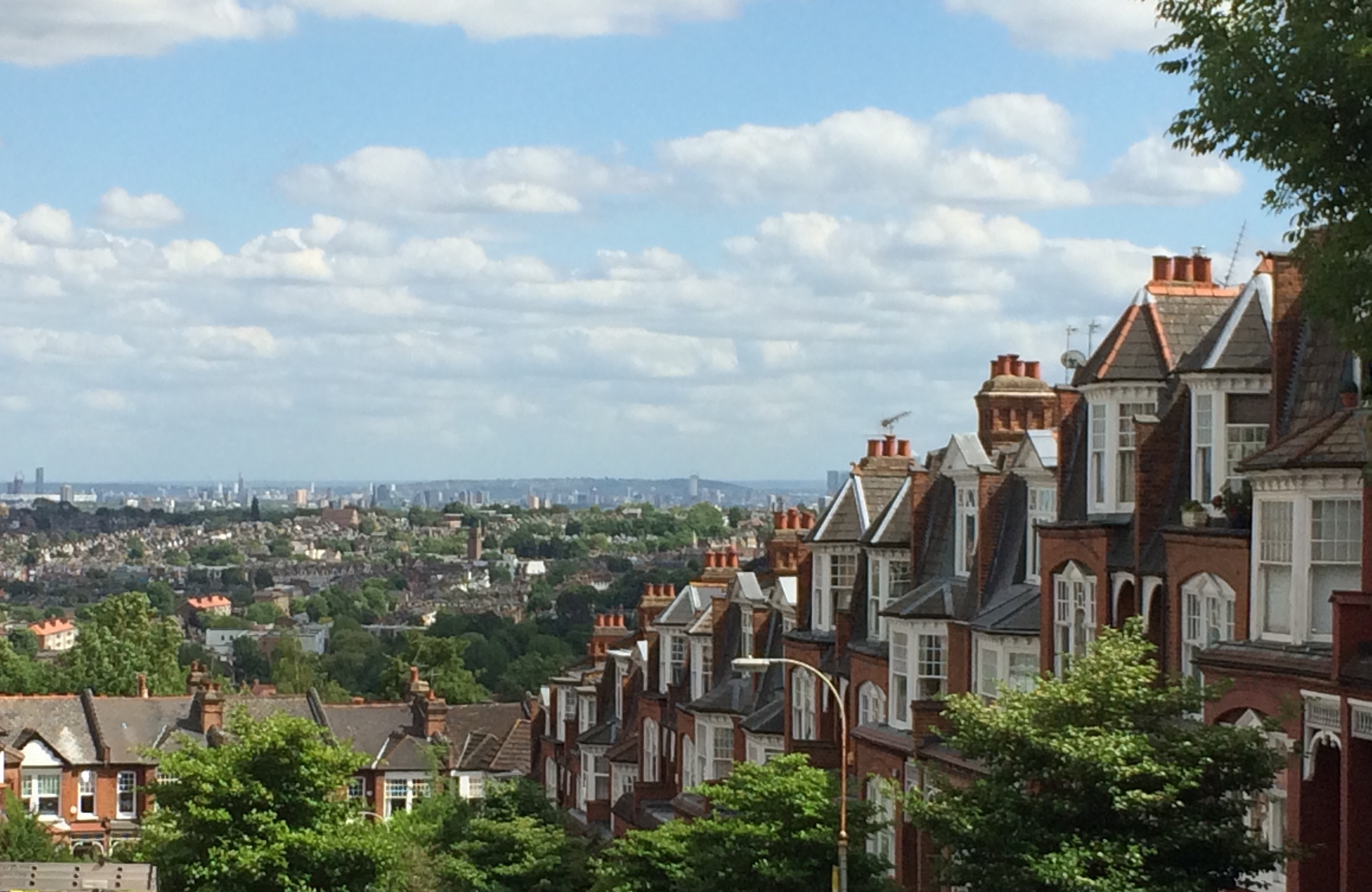 Traditional 03a Jimmy furthermore Barely Lethal Movie Review Hidden In Plain Sight as well Slumdog Family Films  e Home further Disneys Mpomsters Inc 3d additionally London Photo The View From Muswell Hill. on oscar for best animated feature