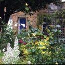 London photos: inside St. James Close