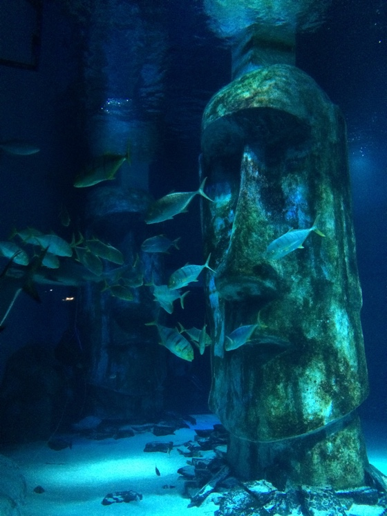 aquariumstatue