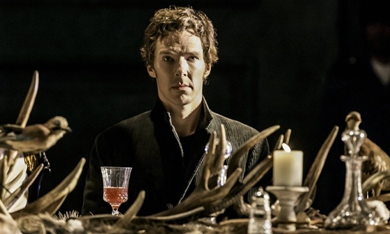 Benedict Cumberbatch pleads with fans to stop filming him on stage