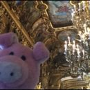 Nigel in Paris: pig at the opera