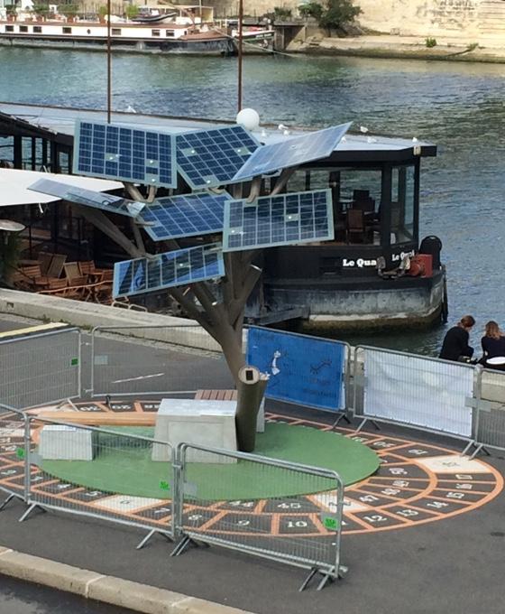 solarpaneltree