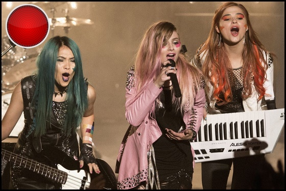 Jem and the Holograms red light