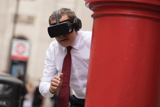 """These virtual-reality glasses make the postbox is touchably real!"""