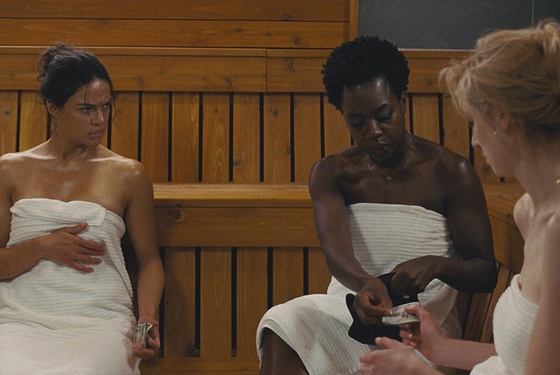 Planning a heist in a sauna: redefining women's hotness.