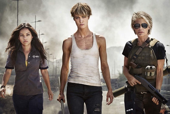 Terminator Dark Fate Natalia Reyes Mackenzie Davis Linda Hamilton